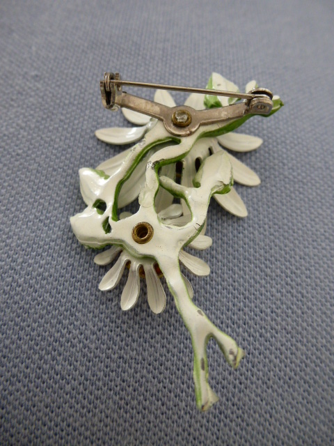 Daisy brooch 1960s cold enamel white yellow and green flower brooch sold daisy brooch 1960s cold enamel white yellow and green flower brooch sold mightylinksfo